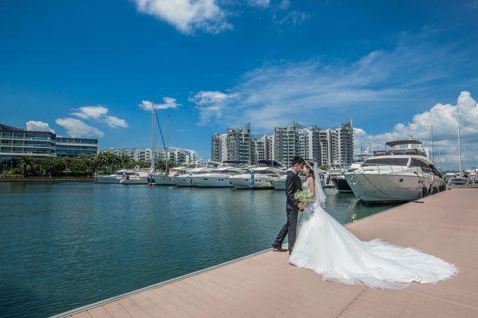 Pre-wedding shoot by the marina by ONE°15 Marina Sentosa Cove, Singapore - 001