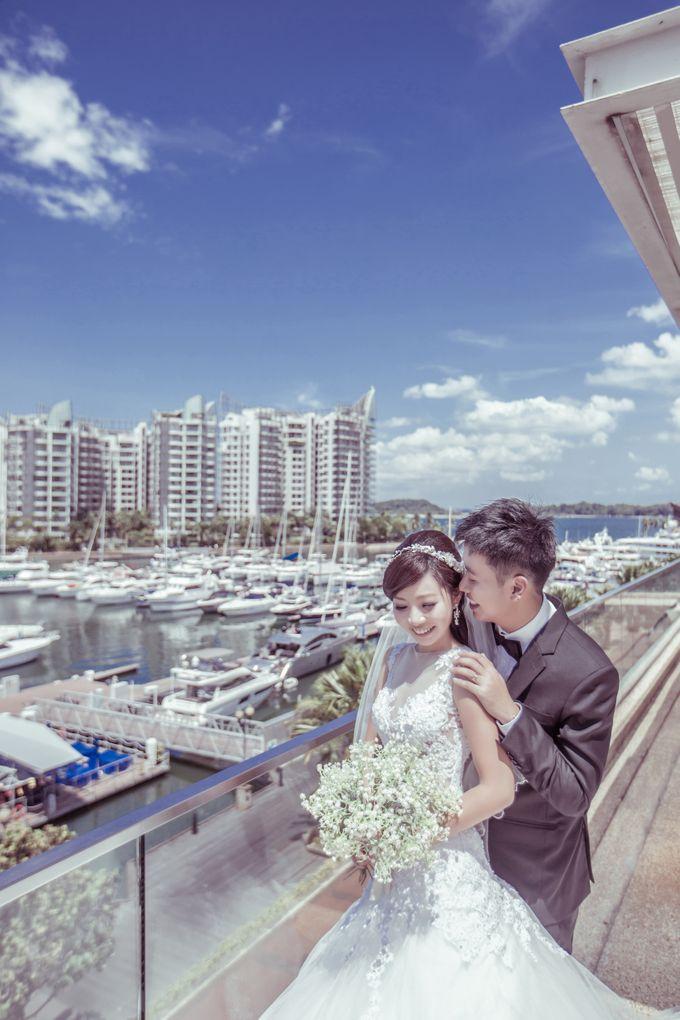 Pre-wedding shoot by the marina by ONE°15 Marina Sentosa Cove, Singapore - 006