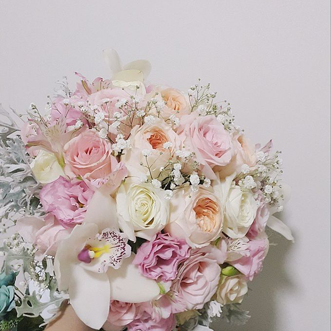 WHIMSICAL WEDDING BOUQUET by LUX floral design - 013