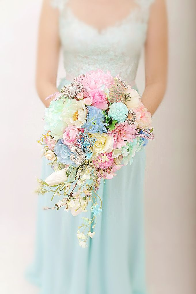 WHIMSICAL WEDDING BOUQUET by LUX floral design - 016