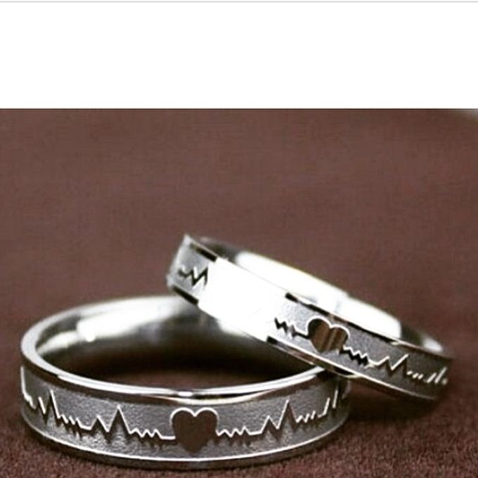 wedding ring engrave & finger print d'sign by V&Co Jewellery - 013