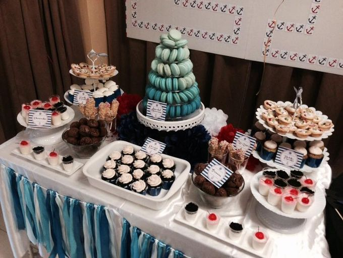 Dessert Table by Amore Macarons - 016