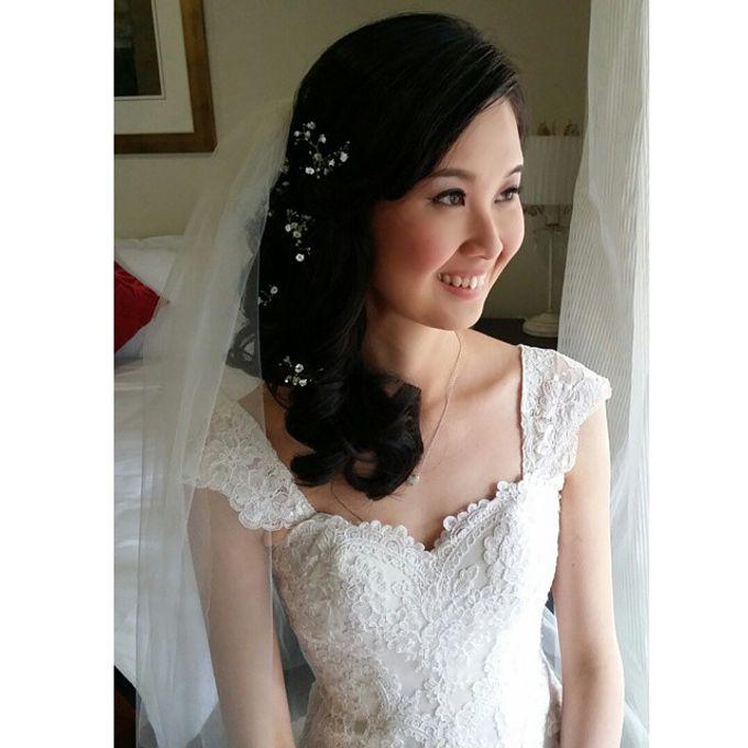 Bridal Makeup by Elly Liana Makeup Artist - 010