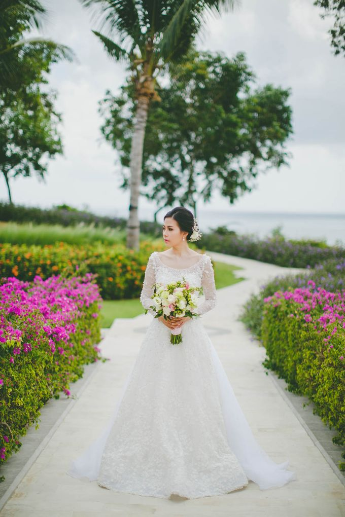 RUSTIC WEDDING DAVID AND JOICE IN SKY AYANA BALI by W organizer - 017