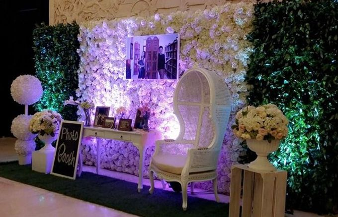 Bali indoor wedding decoration by bali izatta wedding planner add to board bali indoor wedding decoration by bali izatta wedding planner wedding florist decorator 002 junglespirit Images