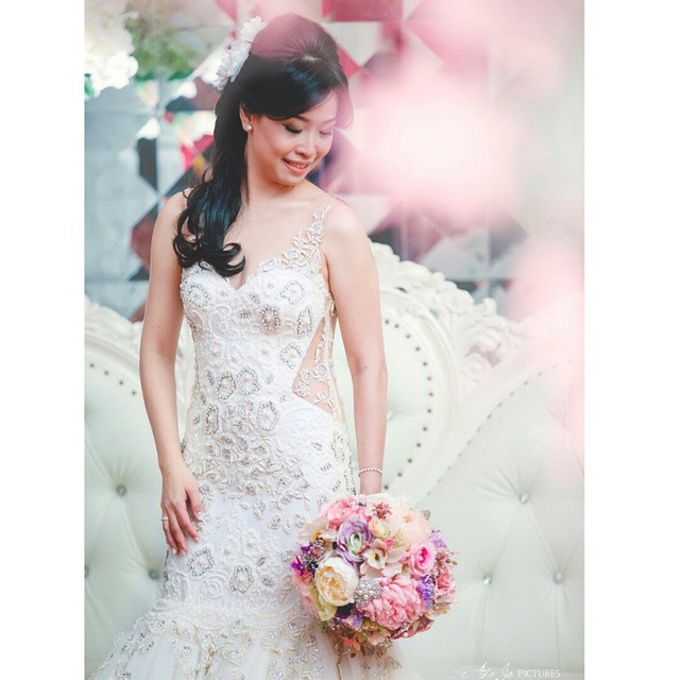 WHIMSICAL WEDDING BOUQUET by LUX floral design - 010