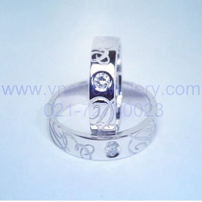 wedding ring engrave & finger print d'sign by V&Co Jewellery - 012