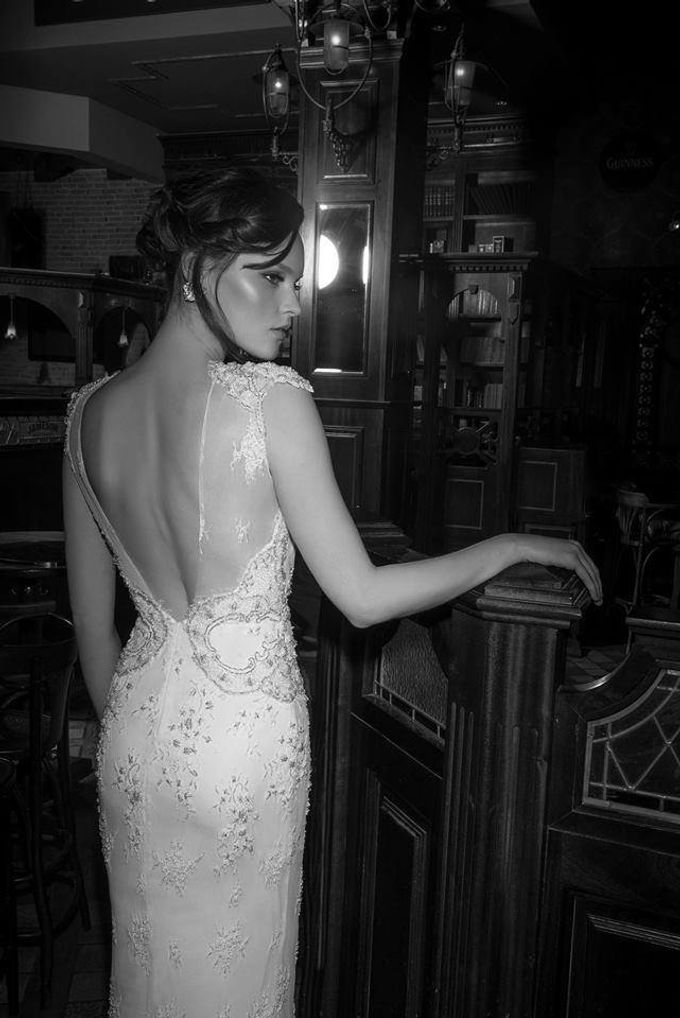 The quintessential Bridal Gown by Vered Vaknin - 020
