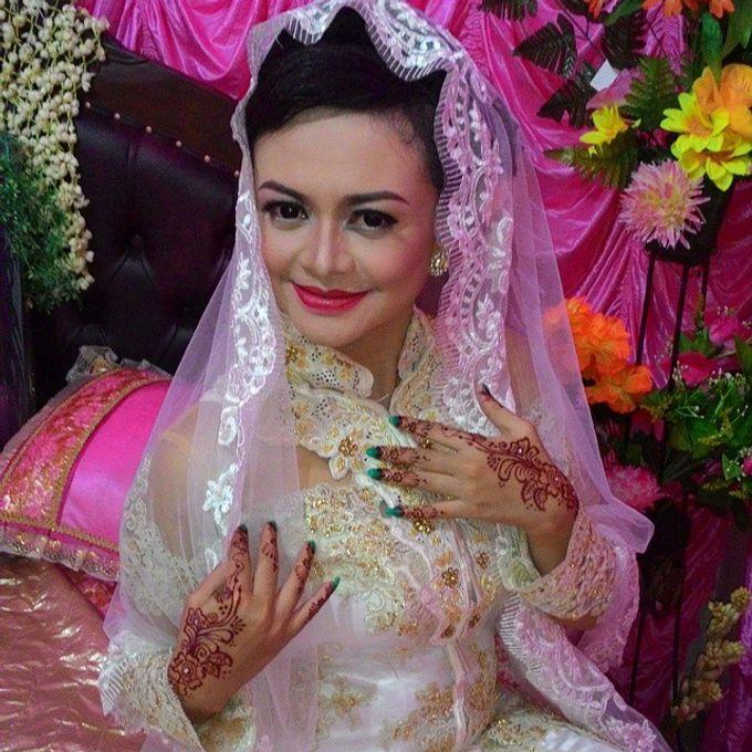 Trisa Cintani Makeup & Hair Studio by Trisa Cintani Makeup & Hair Studio - 012