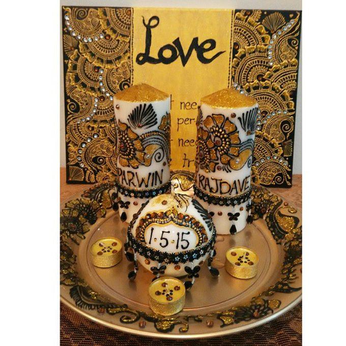 Decorative candles and canvas  by Nakreze Mehndi - 021