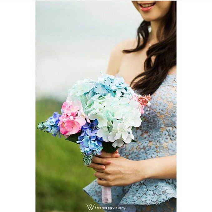 WHIMSICAL WEDDING BOUQUET by LUX floral design - 001