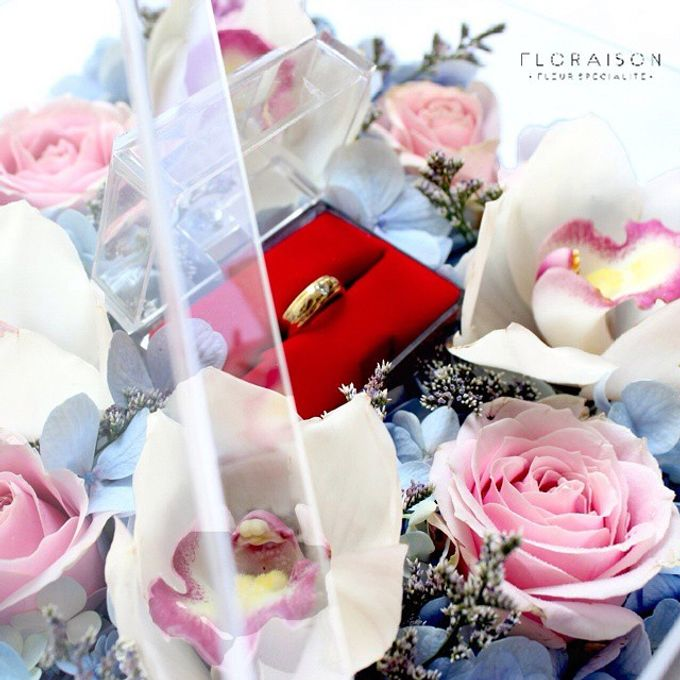 """See me Thru"" Bloom box by Floraison - 003"
