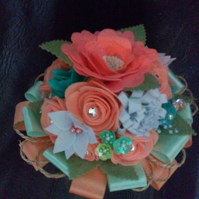 Handcrafted Bouquets and Wedding Accessories  by Duane's Fleur Creatif - 050