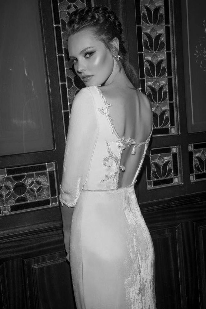 The quintessential Bridal Gown by Vered Vaknin - 015