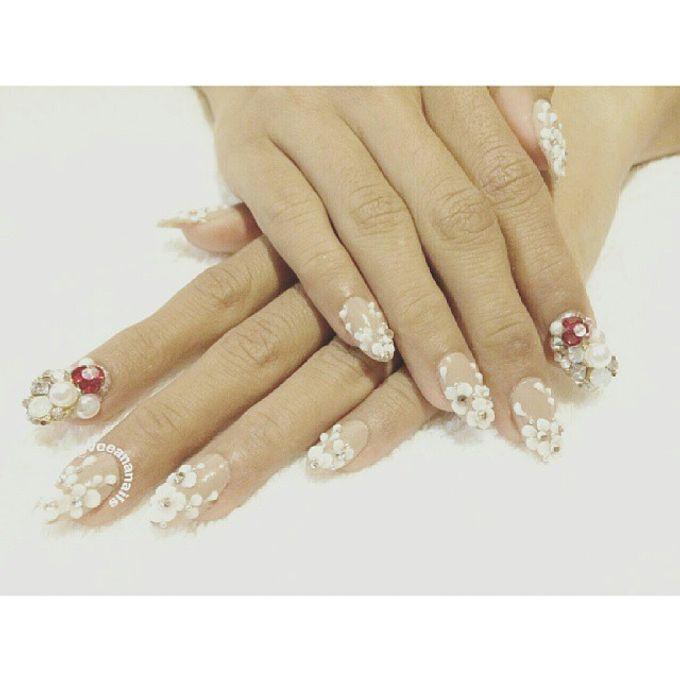 custom wedding nails by Veeana Nails - 001