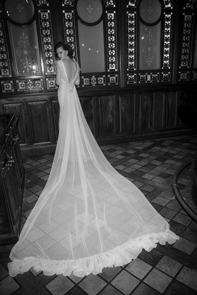 The quintessential Bridal Gown by Vered Vaknin - 025