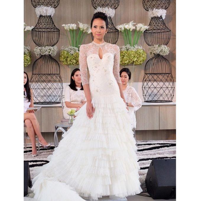 White Elegance Fashion Show by LAMIIK BRIDAL by LAMIIK BRIDAL - 006