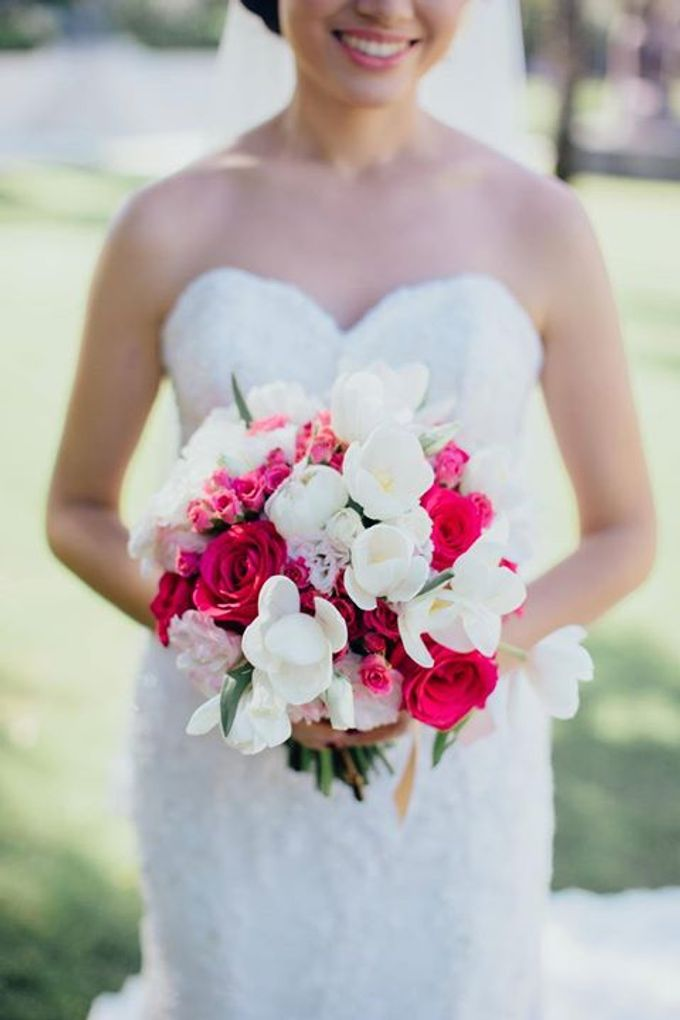Elegant Flowery Wedding by Jonquilla Decor - 002