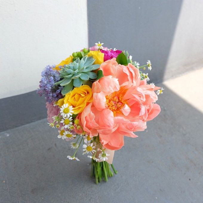 Wedding Bouquet by Jasmine Florist - 008