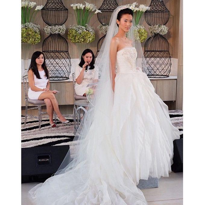 White Elegance Fashion Show by LAMIIK BRIDAL by LAMIIK BRIDAL - 007