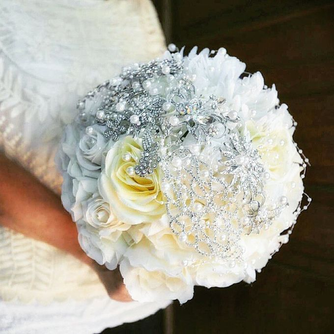 Luxurious Bouquet by LUX floral design - 005