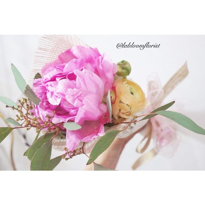 Pinterest inspired bridal bouquet by La Bloom Florist - 008