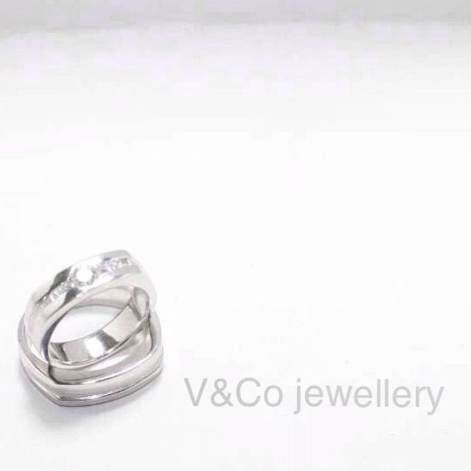 wedding ring simple Design by V&Co Jewellery - 025