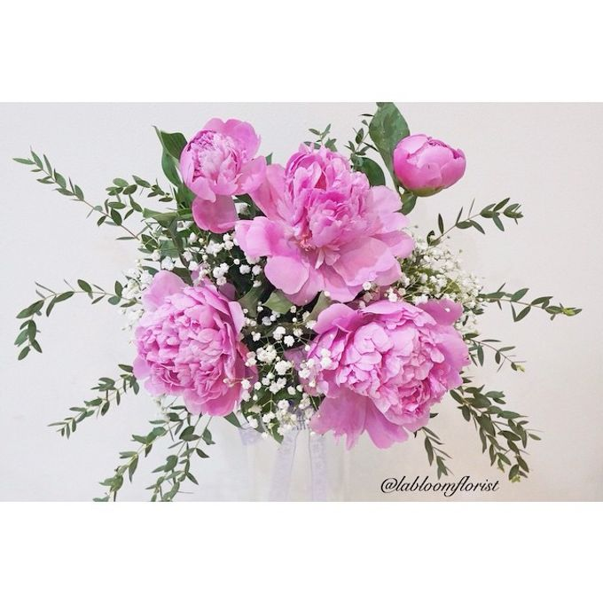 Pinterest inspired bridal bouquet by La Bloom Florist - 009