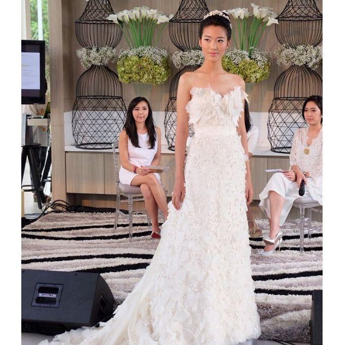 White Elegance Fashion Show by LAMIIK BRIDAL by LAMIIK BRIDAL - 008