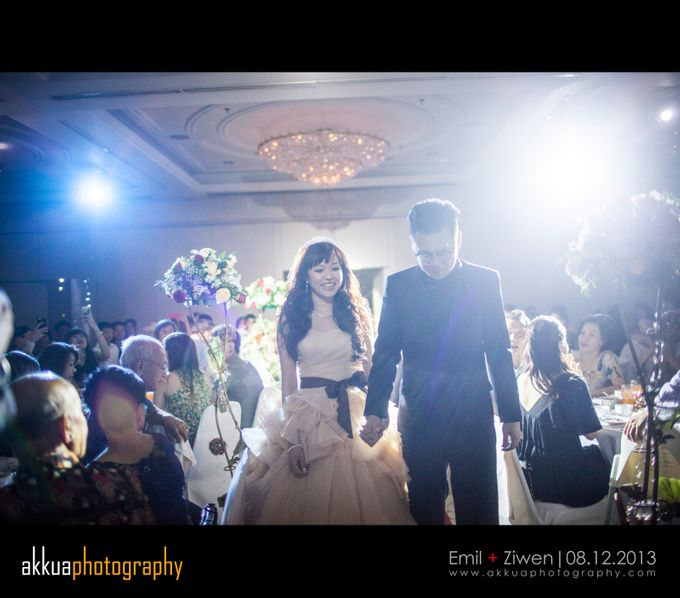 Specialised in photography & videography services for ROM and Actual Day wedding events by AK Kua Photography - 009