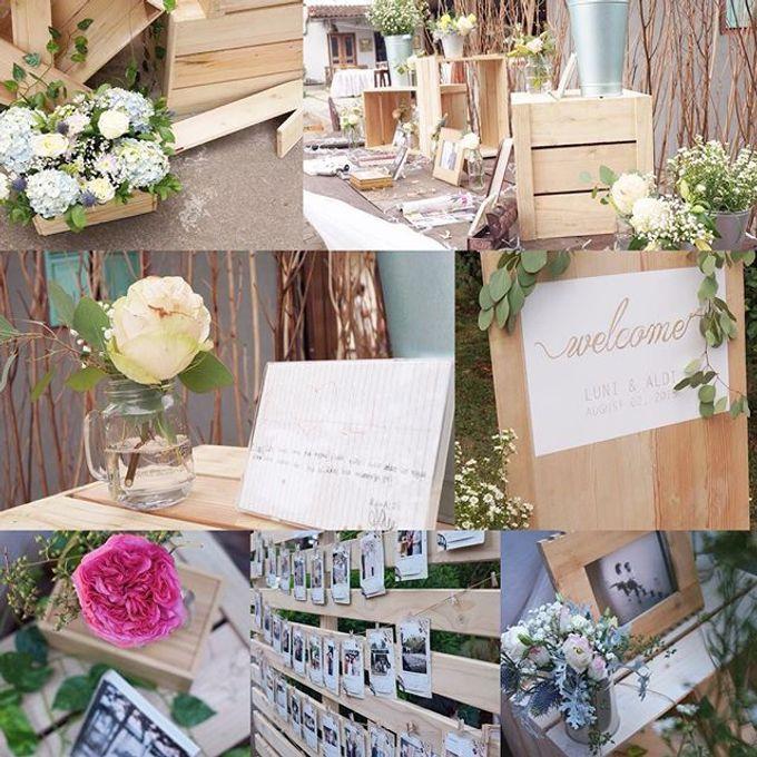 Rustic Wedding by La Bloom Florist - 019