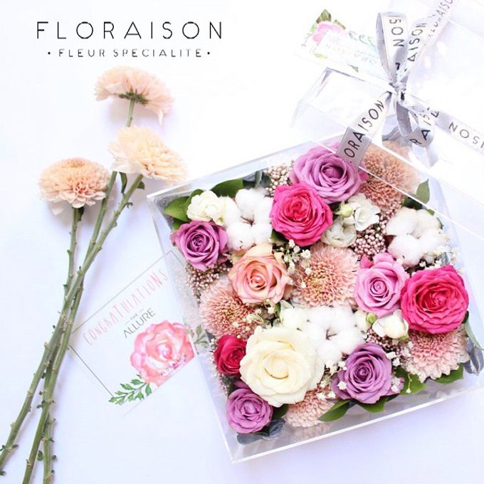 """See me Thru"" Bloom box by Floraison - 004"