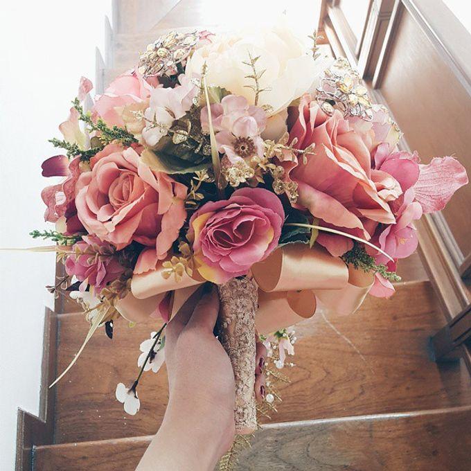 Luxurious Bouquet by LUX floral design - 003