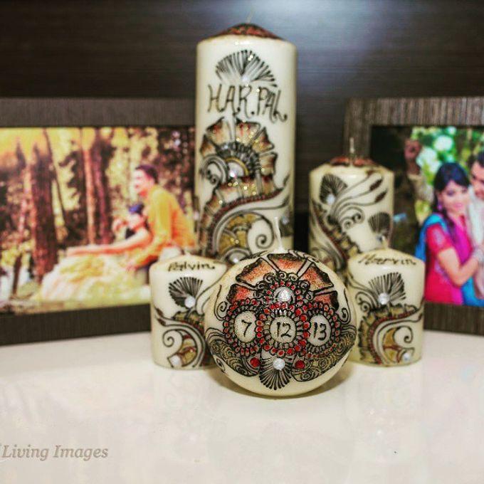 Decorative candles and canvas  by Nakreze Mehndi - 020