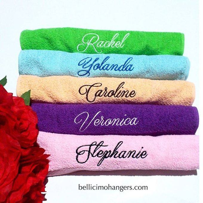 Bridesmaids Essentials - Embroidery Handkerchief by Béllicimo Personalized Hanger & Favors - 001