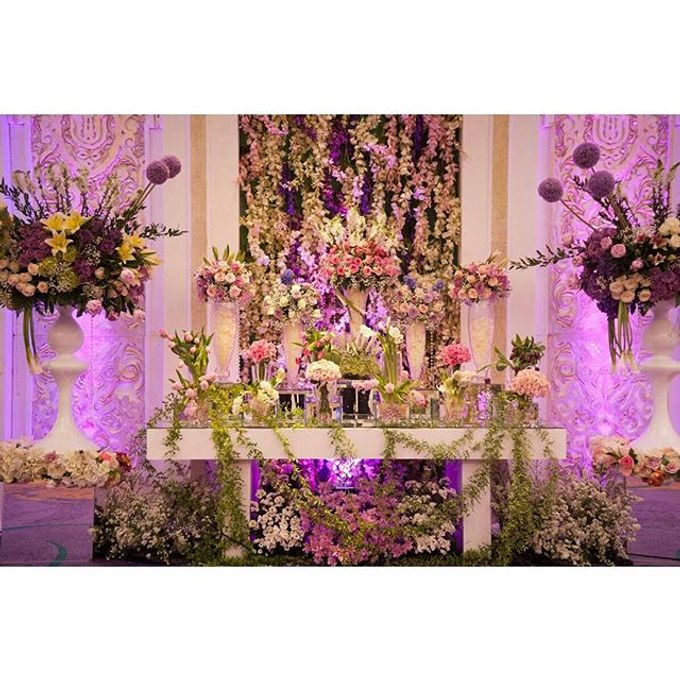 Padang Modern of Nova and Ical by Watie Iskandar Wedding Decoration & Organizer - 006