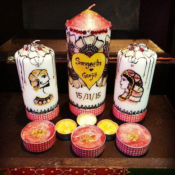 Decorative candles and canvas  by Nakreze Mehndi - 014