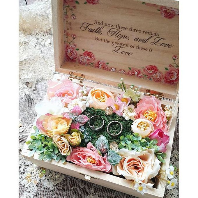 More Than Beautiful by LUX floral design - 041