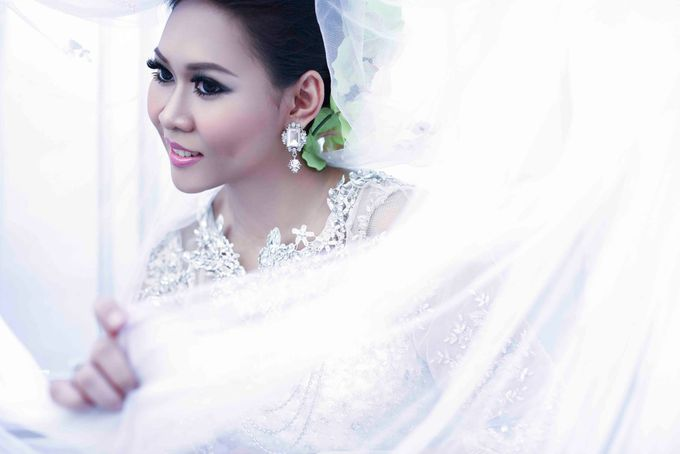Outdoor Photoshoot - Gown by Andriana Jamil - 005