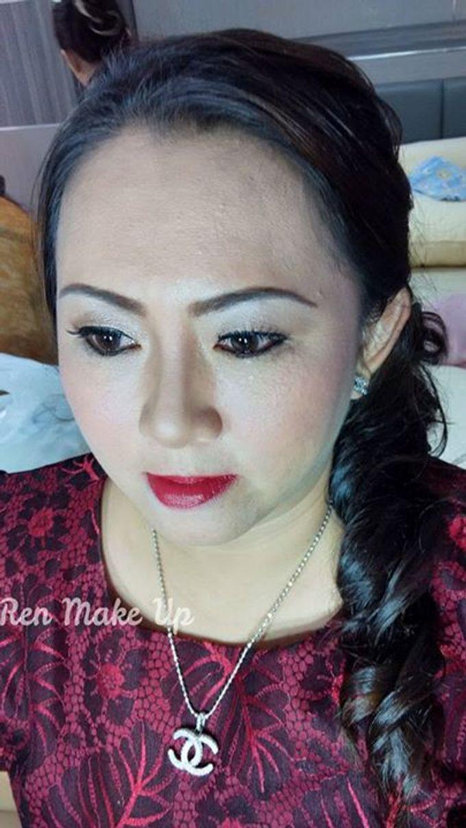 Wedding Party Makeup & Hairdo by Ren Makeup Artist   Bridestory.com