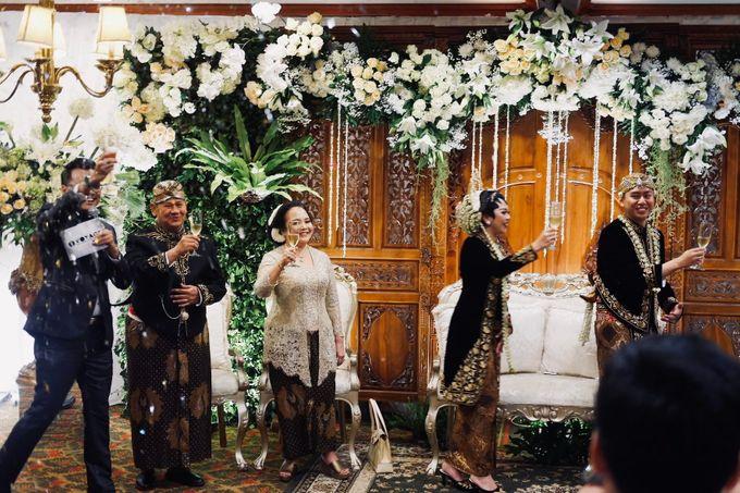 Sisi & Arnaud Wedding by HENRY BRILLIANTO - 028