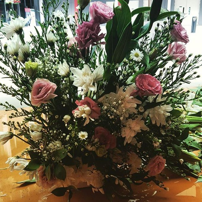 Floral Arrangements by All The small Things - 006