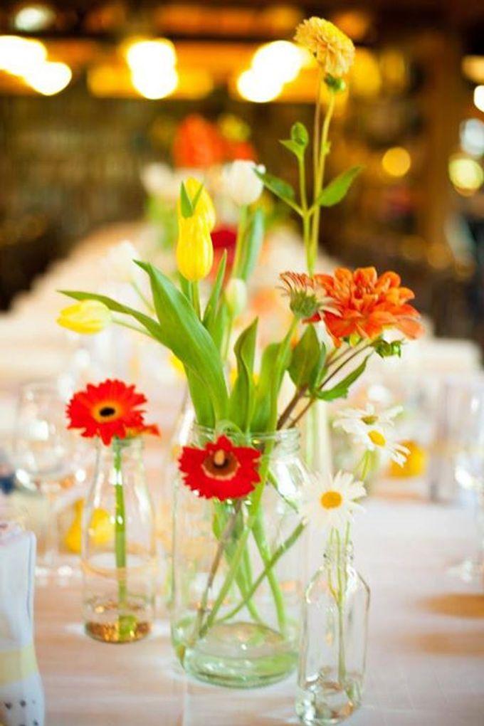 Bookbarn Wedding Decor by Fleuri - 002