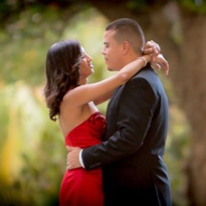Engagement Photography in Florida by Couture Bridal Photography - 036