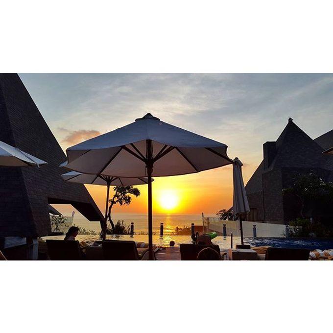 Calm sea breeze honeymoon story by Destine Story - 001