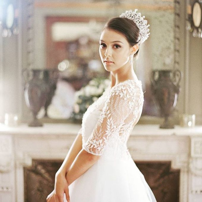 Regal Bridal Crowns and Tiaras and Headpieces by Eden Luxe Bridal - 019