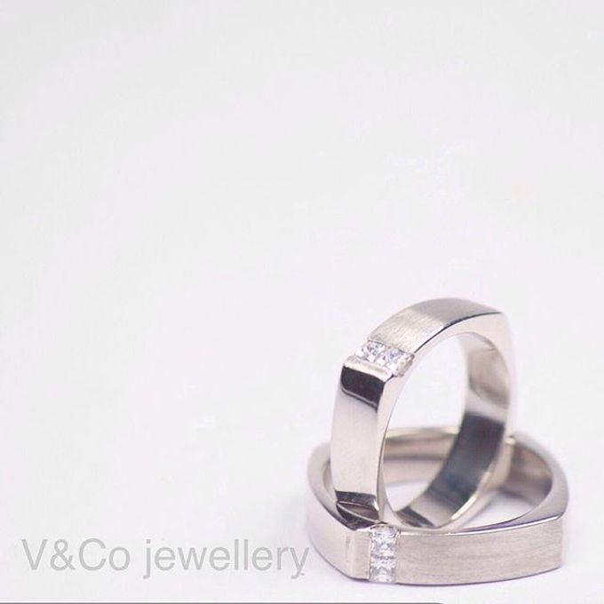 wedding ring simple Design by V&Co Jewellery - 022