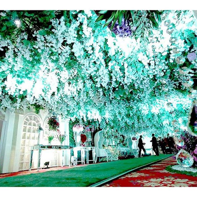 Modern Wedding of Indah and Hazieq by Watie Iskandar Wedding Decoration & Organizer - 010
