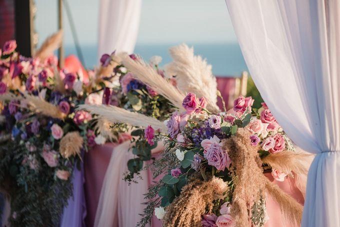 Soft Purple & Lavender Decoration Wedding by Bali Izatta Wedding Planner & Wedding Florist Decorator - 014