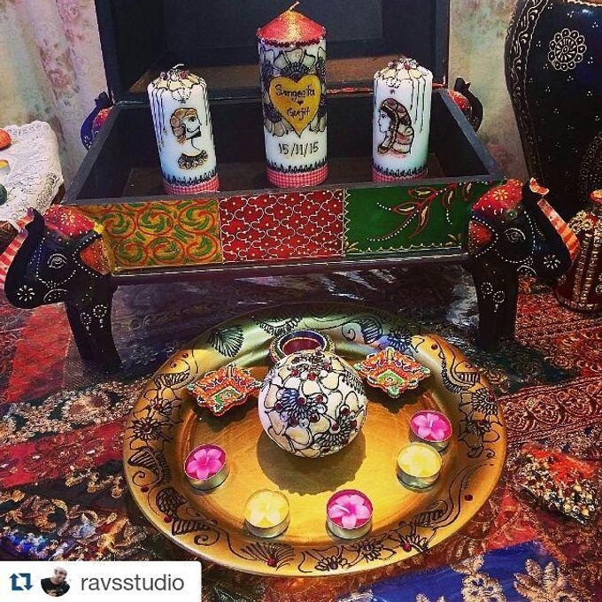 Decorative candles and canvas  by Nakreze Mehndi - 013